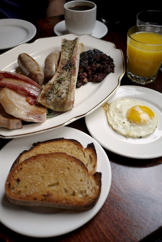 Maison Publique: Brunch for Two